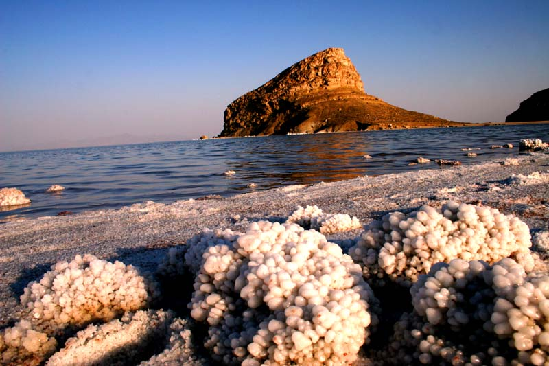 File:Lake urmia.jpg