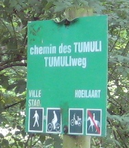 File:Image-Sonian Forest - Brussels signs - no horse.jpg