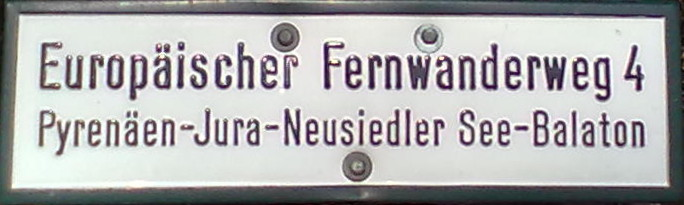 File:E4 Fernwanderweg sign.jpg