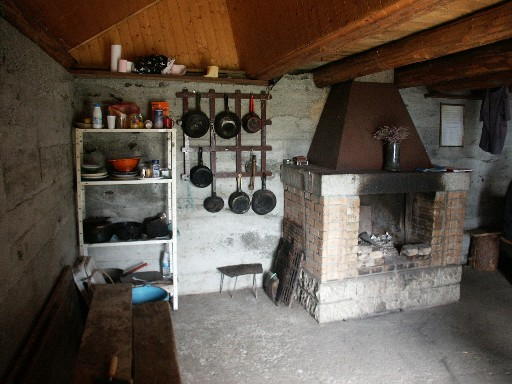 File:Inside wilderness mountain hut.jpeg