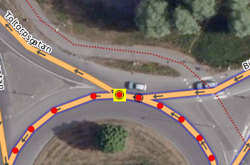 P2 Example of separated nodes at roundabout.png