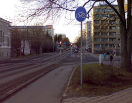 File:Cycleway only fi.jpg