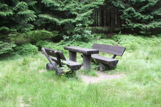 File:Picnic place.JPG