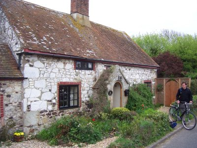 File:Iow-cottage.jpg