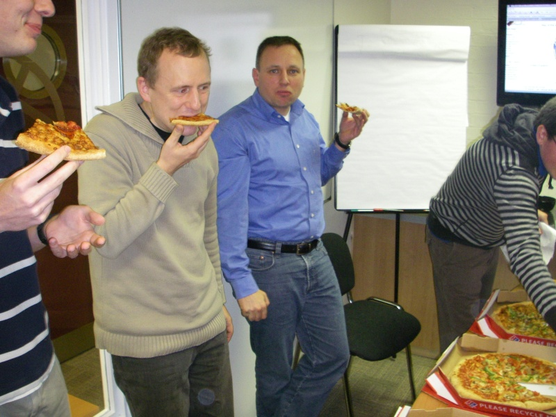 File:2nd-hack-weekend-2008-pizza2.jpg