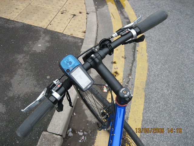 File:ETrexLegend onbike.png