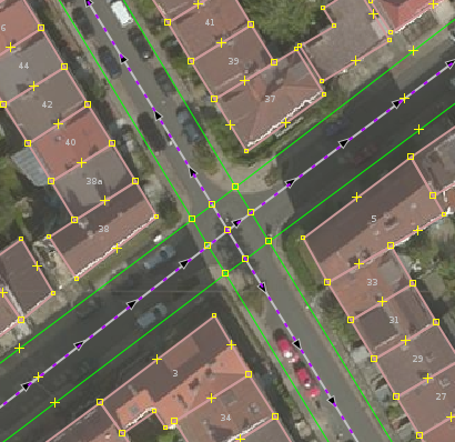 File:Neverdo sidewalks mapped as way.png