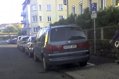 File:P l i 2 on kerb marked.jpg
