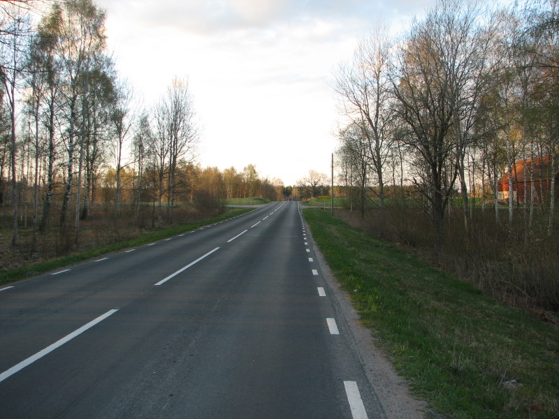 File:Road in Sweden at Ullene1.jpg