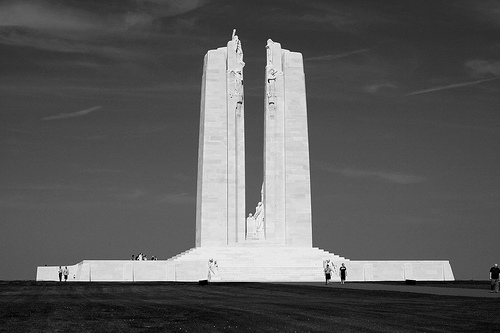 File:Vimy ridge ex flickr.jpg