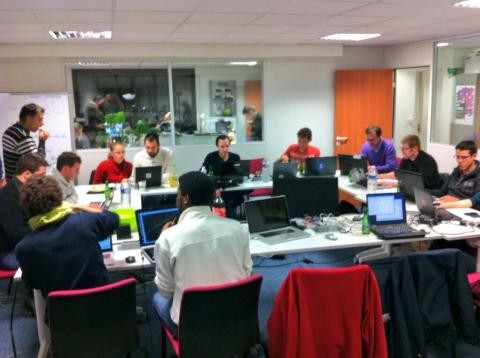 File:Mapathon-Paris-2013-11-22.jpg