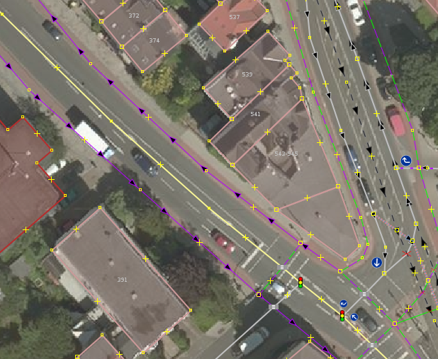 File:Neverdo mapping cycleway tracks this way.png