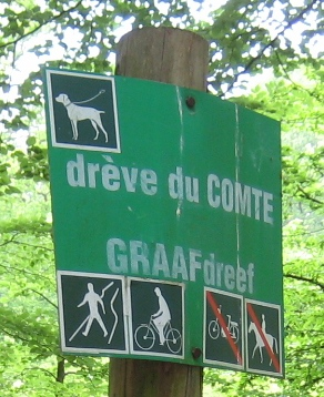 File:Image-Sonian Forest - Brussels signs - cycle and foot.jpg