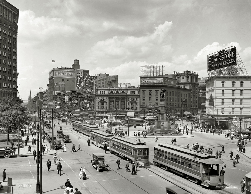 Detroit-woodward-ave-1917-2.jpg