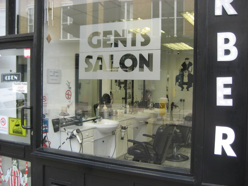 File:Barbers shop.jpg