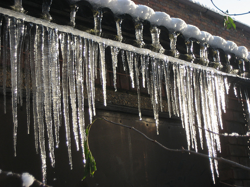 File:Long icicles.jpg