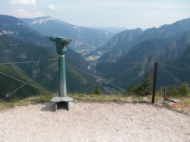 File:Viewpoint.jpg