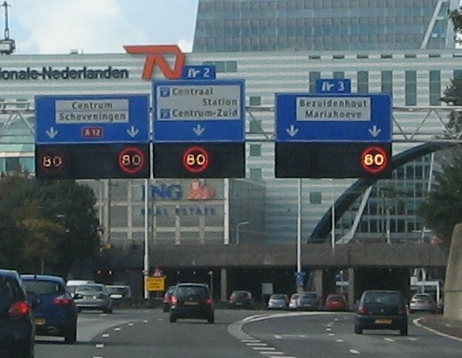 A12 Den Haag junction 2 and 3 signs.jpg