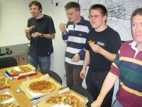 2nd-hack-weekend-2008-pizza1.jpg