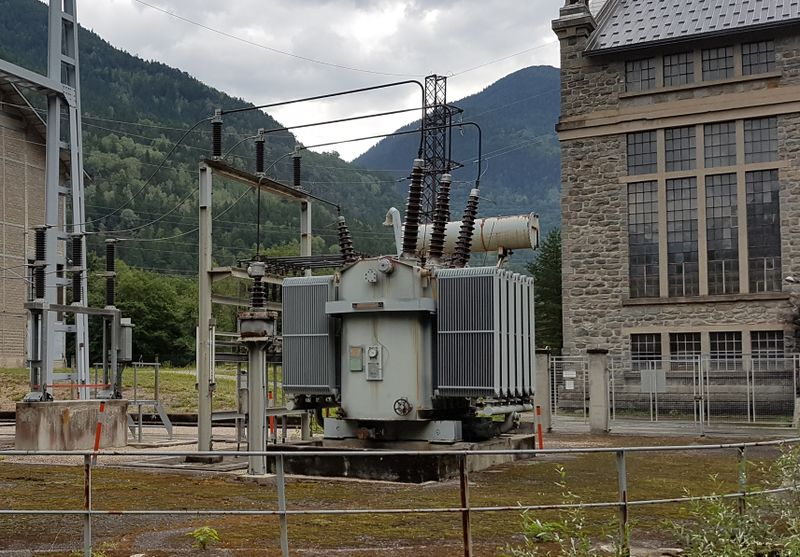 File:Power transformer transmission1.jpg