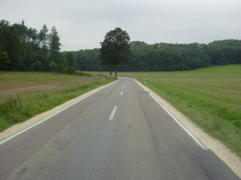 File:Highway secondary-photo.jpg