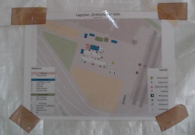 Drehscheibe Köln. OSM-Karte im Helferzelt Detail.jpg