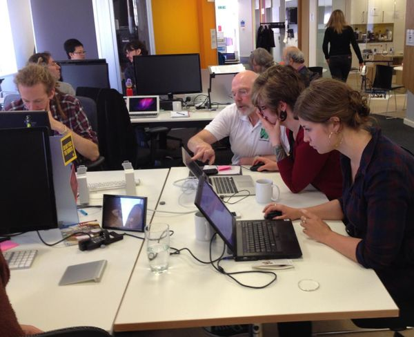 2014 London HOT Congo Mapathon mappers and teachers.jpg