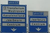 A12 Utrecht junction 17 right branch.jpg