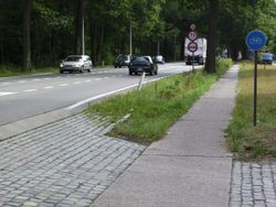 Belgium road with D7 nopavement speedabove50.jpg