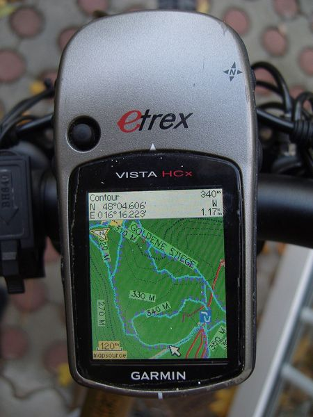 File:Vista HCx Showing OSM Garmin MTB Map.jpg
