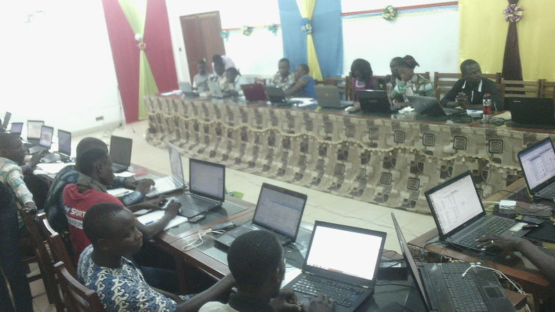 File:Atelier formation etudiants Géomatique au cnf cotonou.jpeg