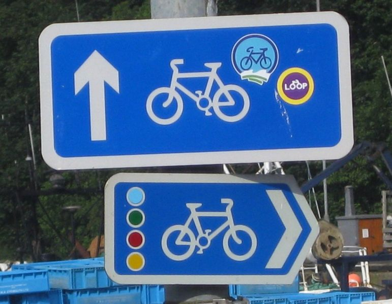 File:Scottish borders signs.jpg
