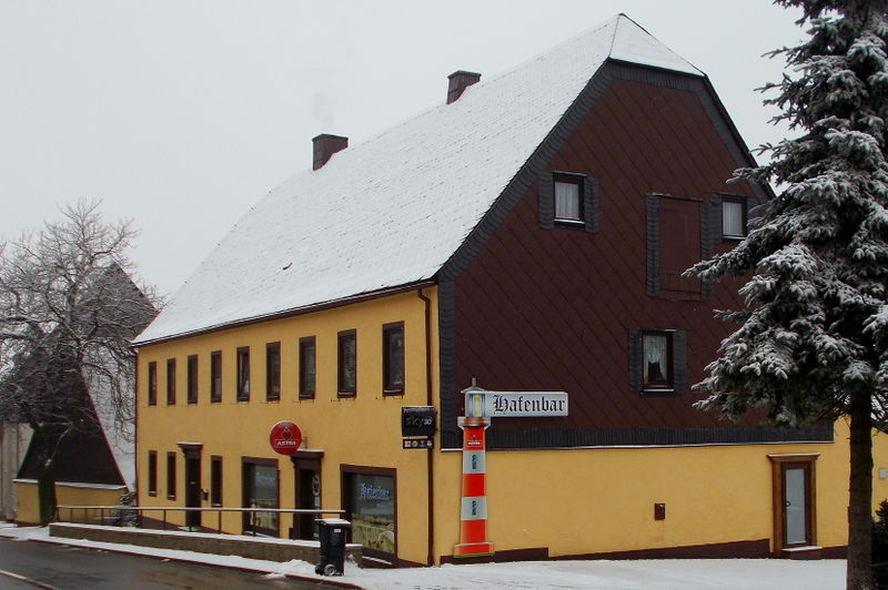 File:2014 Hafenbar in Altenberg.jpg