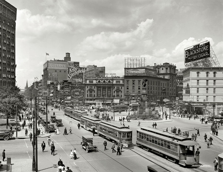 File:Detroit-woodward-ave-1917-2.jpg