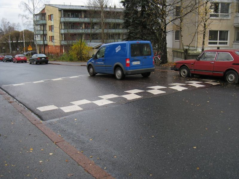 File:Traffic calming-table.jpg
