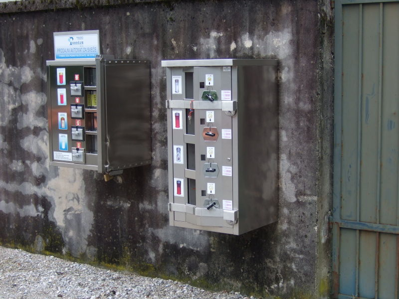 File:Candle Vending Machine Tolmin.jpg
