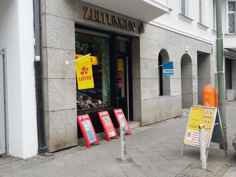 File:Newspaper shop berlin.jpg