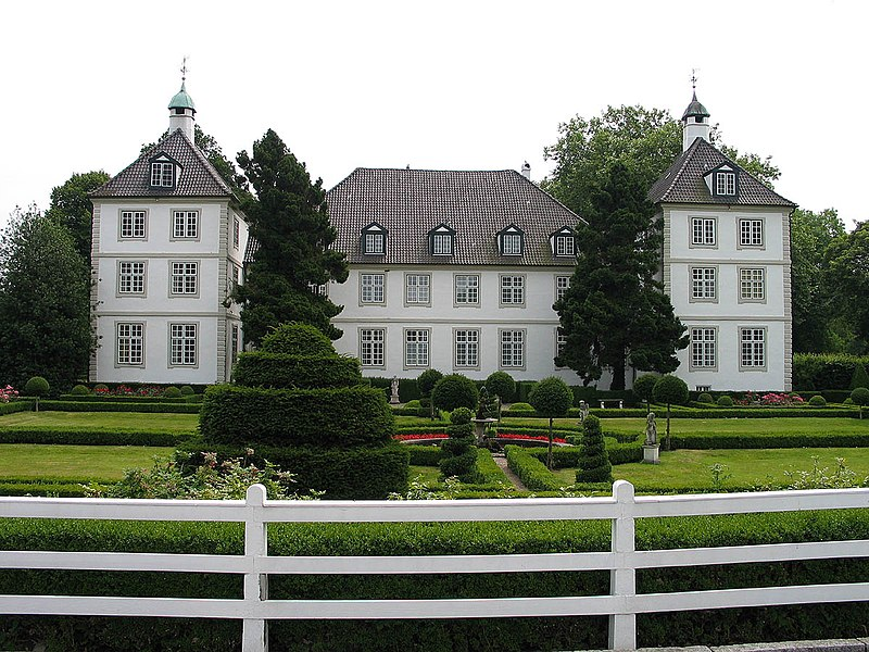 File:Gut Panker Herrenhaus.jpg